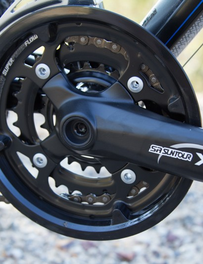 The Suntour cranks surprised us with quick and smooth shifting