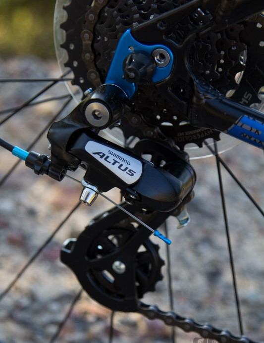 The Malvern Star Switch 27.3 features very basic Shimano gears, they shift fine but just won't last for long-term off-road use