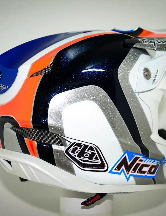 Nico Vouilloz' custom Troy Lee Designs D3 helmet shows off some classic lines