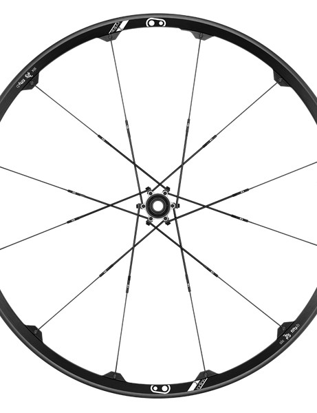 The Iodine 2 is available in 27.5in and 29in versions and is intended for trail and all-mountain riding. The wheelset has a claimed weight of 1,845g (27.5in) and is has a claimed weight of 1,710g (27.5in), an internal width of 23mm and retails for US$600/€600