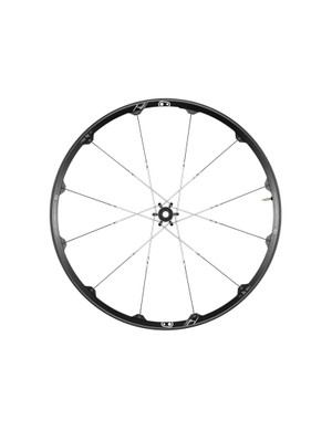 The Iodine 3 is available in 27.5in and 29in versions and is intended for trail and all-mountain riding. The wheelset has a claimed weight of 1,780g (27.5in), an internal width of 23mm and retails for US$900/€900