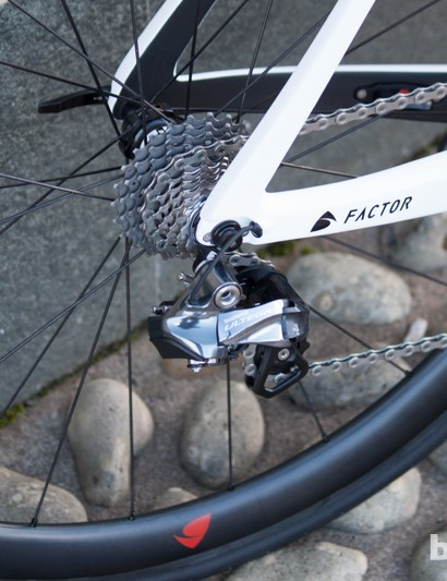 2014 Ultegra Di2 is a lot neater in appearance
