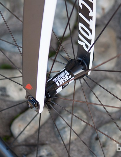 The 45mm carbon clinchers from the Dura-Ace build remain, but they're now laced to DT's 350 hubs