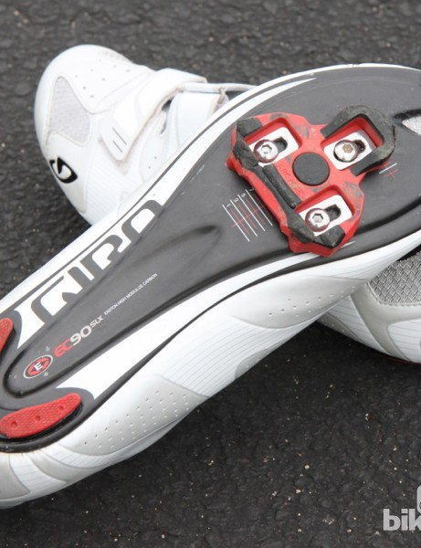 Giro Superlight SLX: Giro leans on the carbon expertise of its sister brand, Easton, for the thin soles