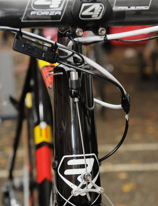 Ridley were among the first to adopt oversized tapered steerers for 'cross, and it's surprising to see this headset front brake cable hanger not vertically aligned with the head tube