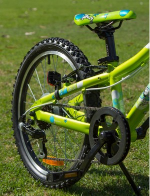 Scott Contessa - fun graphics and off-road ready parts, including a functional suspension fork
