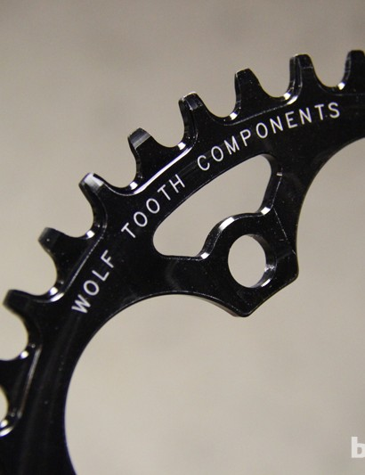 Narrow-wide chainrings mate up with the alternating width of the inner plates of the bicycle chain in order to minimize the side-to-side movement of the chain on the chainring