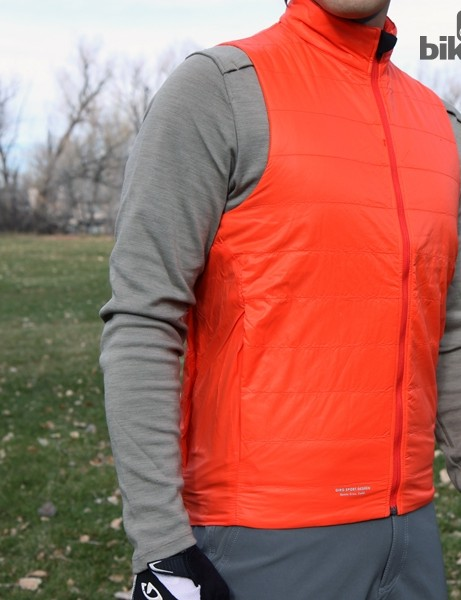 The Giro New Road Insulated Vest features a light fill of Primaloft insulation
