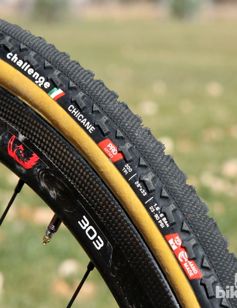 The Challenge Chicane blends the fast-rolling center tread of the Grifo XS with the stout cornering knobs of Limus. It's a mostly successful combination