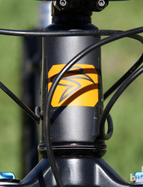 We felt the cable routing was one of the Bronson's few weak points – it places the cables in direct contact with the head tube. A small issue that can be fixed by protective frame tape