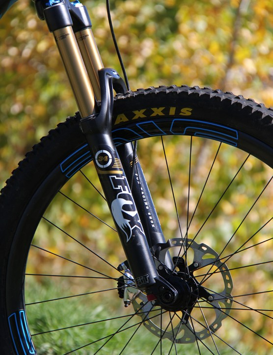 The stock 150mm Fox 34 Float CTD fork is slightly underdamped compared to the Bronson's firm rear suspension. We've been told that 2014 Fox models will have a firmer mid-stroke