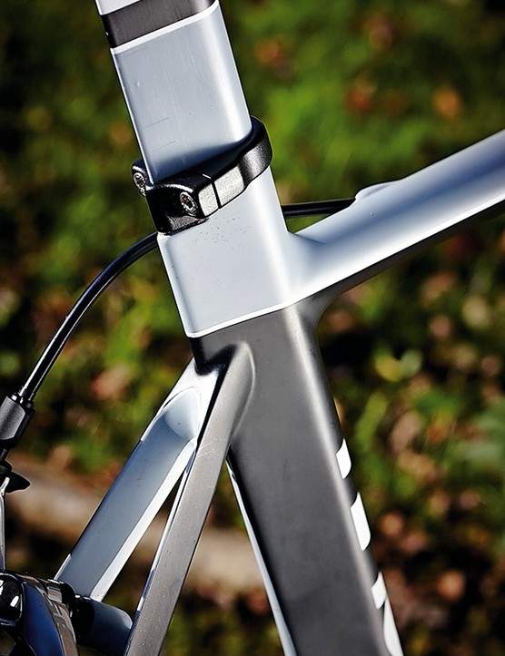 Low-slung seatstays meet a tidy seat tube junction