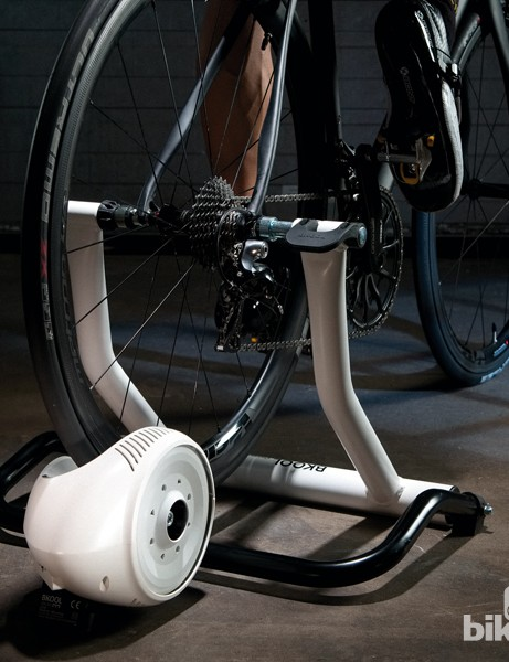 Bkool Connect Sport turbo trainer in action