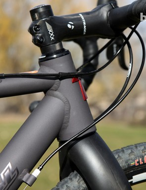 The Van Dessel Aloominator's industrial look stands in stark contrast to many carbon frames' more organic shapes. The businesslike aesthetic drew nearly universal praise from onlookers