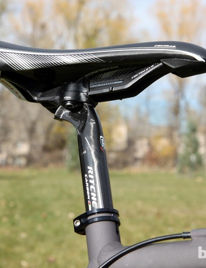 We fitted our Van Dessel Aloominator test frame with Ritchey's new WCS Carbon Flexlogic Link seatpost, which proved to be remarkably comfy when paired with the generously padded WCS Vector Evo Contrail saddle