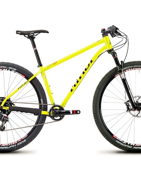 The SIR 9 can be built up with a 1x (shown) or with a fully-geared (3x) drivetrain