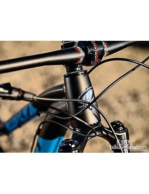 Niner WFO 9 V2: Stubby stem, downhill-width bar, slack head angle - this is no ordinary 29er
