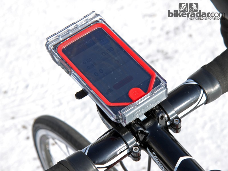 Bar Fly's new mount for the iPhone 5 is sealed against road spray and rain