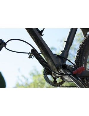 The Yakima FrontLoader secures the bike with a reinforced cable lock