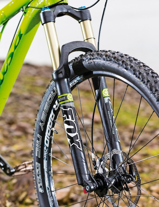 Our test bike came fitted with a Fox F29 CTD Evolution fork
