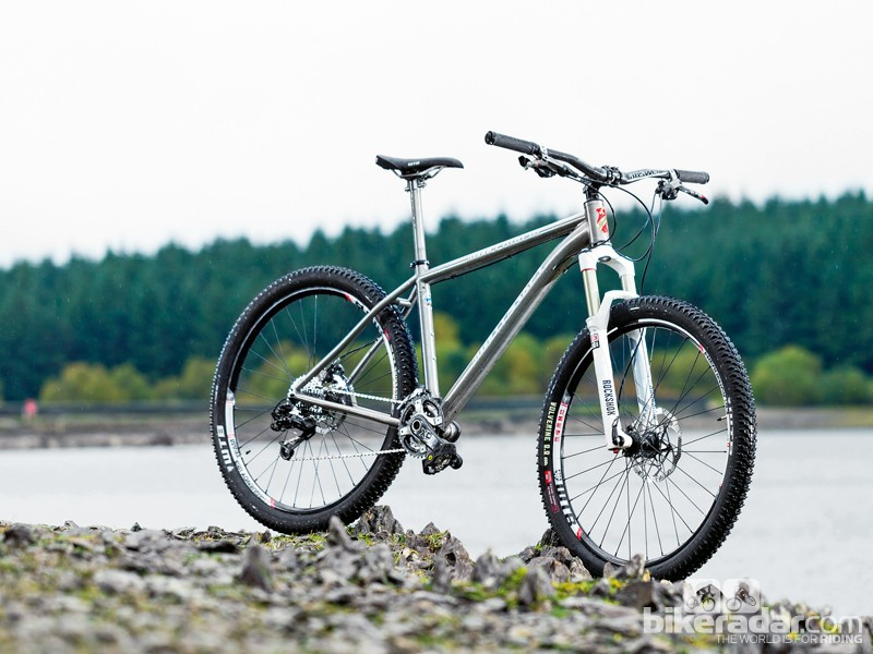 Lynskey Pro650 VF: as titanium is a hard metal to work with, the frame doesn't come cheap