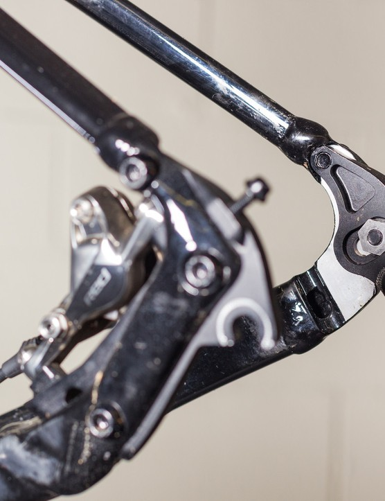 We would expect a production version of Adam Craig's prototype TCX SLR singlespeed to have better hardware but overall, these dropouts look close to finished