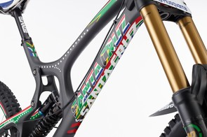 Greg Minnaar V10 replica: The frame has a custom South African decal set