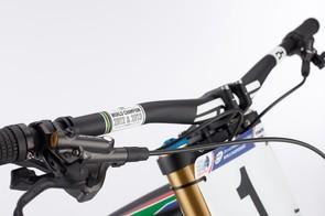 Greg Minnaar V10 replica: Custom ENVE carbon 808mm-wide 'Minnaarbar' handlebar