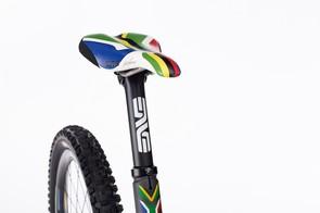 Greg Minnaar V10 replica: ENVE carbon seatpost