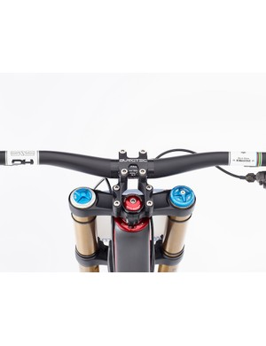 Greg Minnaar V10 replica: Burgtec direct-mount stem and Chris King headset