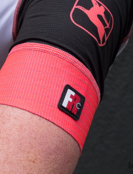 The Giordana Women's Trade FR-C Team jersey features wide Aerofix cuffs for a fitted look