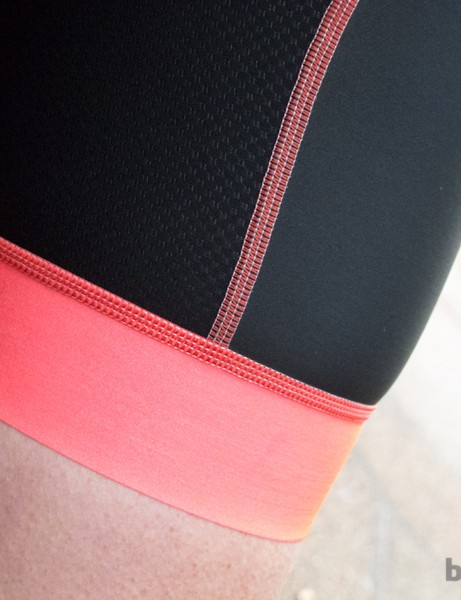 The silicone-infused AeroLite fabric at the leg grippers allows for a flattering and comfortable fit without creating ugly leg bulges or digging into the skin