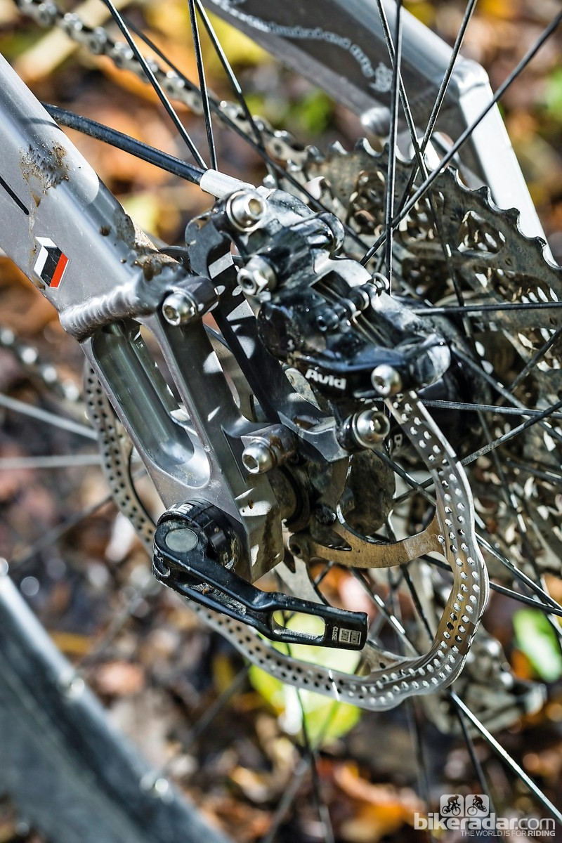 The Five RS comes fitted with Avid Elixir 9 Trail brakes