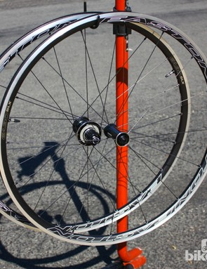 The Easton EA90 SLX wheelset tipped our scales in the US at 1,426g – the UK team got 1,437g
