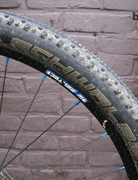 A Schwalbe Thunder Burt dons the front No Tubes Iron Cross rim
