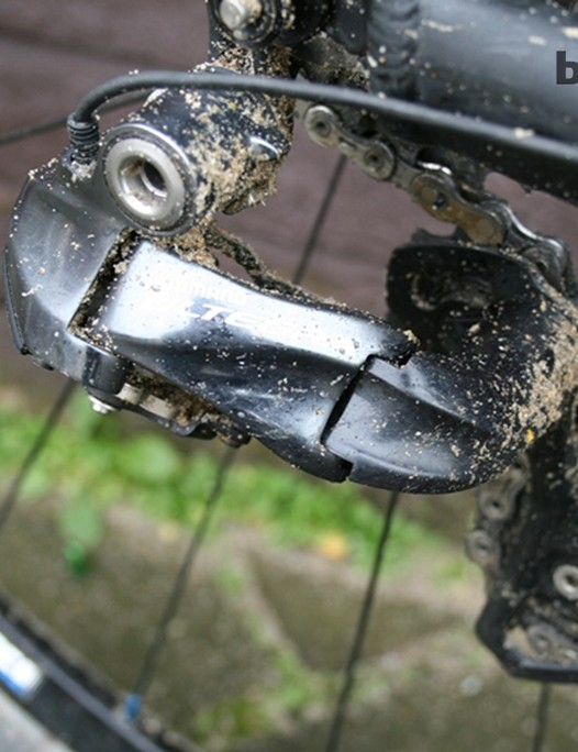The Shimano Ultegra Di2 rear derailleur is holding up well