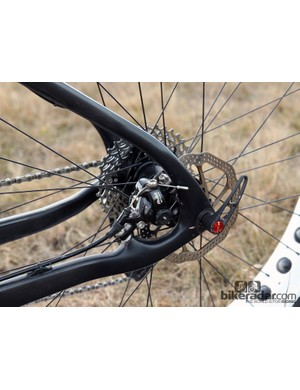 Our Salsa Beargrease Carbon tester came with proven Avid BB7 cable actuated disc brakes, which are often favored in snow bike circles for their greater reliability in extremely cold temperatures