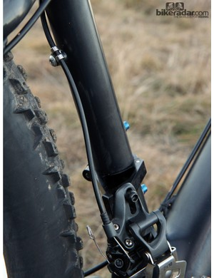 The direct mount front derailleur clamp adapter is easily removable for those that want to run a 1x drivetrain