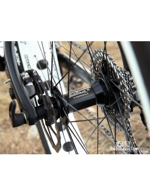 Salsa is looking ahead on the Beargrease Carbon, fitting both ends with through-axle hubs. While thru-axles are beneficial to standard mountain bikes, they should have an even bigger effect on fat bikes what with their extra-generous real estate in between the dropouts