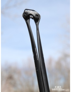 While it looks strange, the Ergon CF3 Pro Carbon promises to deliver a smooth ride