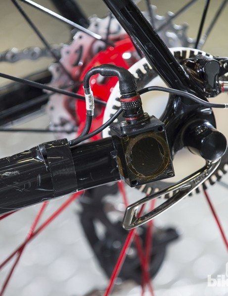 A rear hub data recorder works in tandem with the front hub sensor assembly