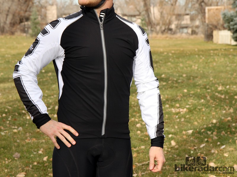 Assos cold-weather gear: The ShaqUno jacket has a double-layer construction where the top layer floats almost independently, creating loft for insulation