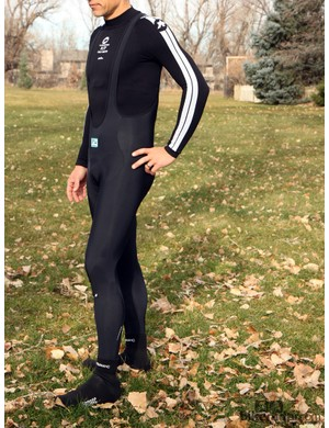 Assos cold-weather gear: The LL.Uno_s5 bib tights are insulated with fleece throughout and feature an excellent Assos pad