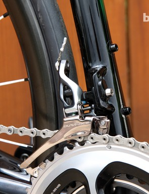 Shift quality on the new Shimano Dura-Ace 9000 front derailleur is extremely precise and positive with a light feel at the lever. Setup can be a little tricky though
