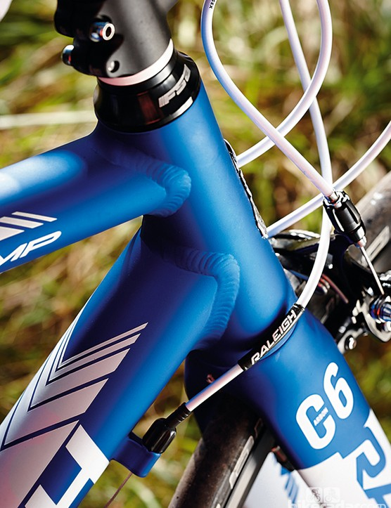 Raleigh Militis Comp: Unlike some other bikes, you won't mistake it for carbon