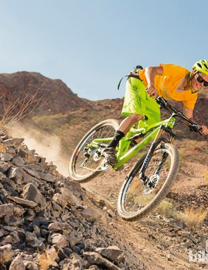 The 650b wheels of the Juliana Juno give noticeable extra grip and stability over 26in