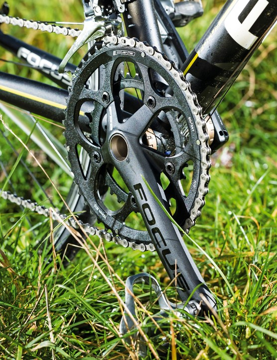 The 11-speed Ultegra is paired with FSA's Gossamer chainset