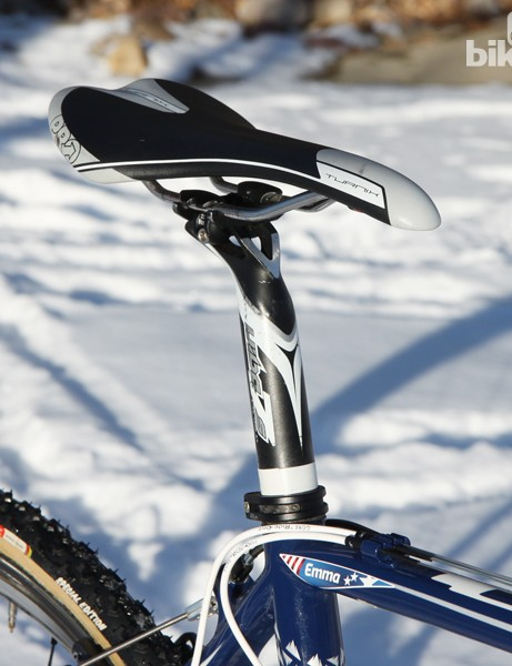 A PRO Turnix saddle is set atop a PRO Vibe 7S aluminum seatpost