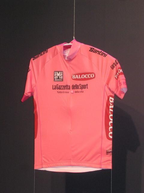 The Giro d'Italia's 2014 maglia rosa