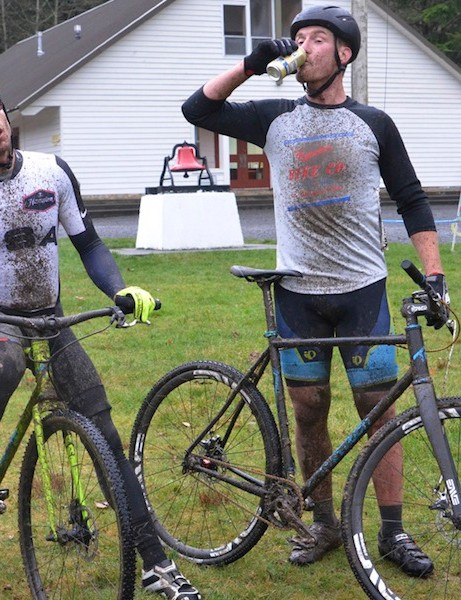 Transition's Rapture test riders appear to have a firm grasp on proper cyclocross etiquette